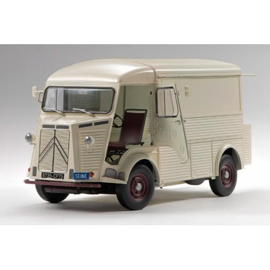 Citroen Type H Ebbro kit 1-24 Auto , Bus e Furgoni EBR25007